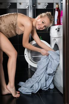 Iralin In Cleaning Day By Aleksandr Petek - Picture 1