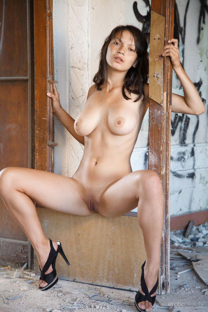 amateur nue escort clamart